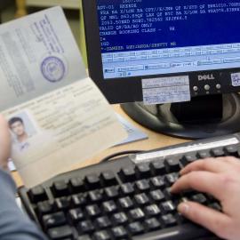 Einen gültigen Reisepass braucht jeder, Bild: Abbis/DAAD